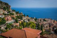 Vecchi tetti della città di Taormina Immagine Stock