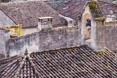 Vecchi tetti nella st Emilion della città in Francia Immagine Stock Libera da Diritti