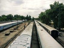 Vecchi treni immagini stock