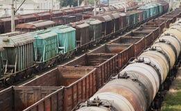 Vecchi treni merci Immagini Stock