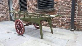 Vecchi vagone/carretto classici del cavallo del woodend fotografia stock libera da diritti