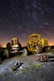 Vecchi zappatori in una zona di scarico rifiuti Fotografie Stock