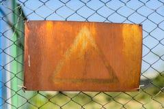 Vecchia alta tensione del segno Immagini Stock Libere da Diritti