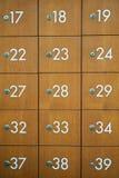 Vecchia annata di legno del contenitore di posta Immagine Stock