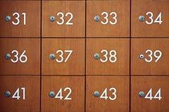 Vecchia annata di legno del contenitore di posta Fotografia Stock Libera da Diritti