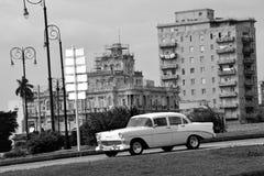 Vecchia automobile americana a Avana, Cuba Fotografia Stock