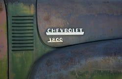 Vecchia automobile arrugginita del 3800 di Chevrolet Fotografia Stock Libera da Diritti