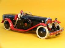 Vecchia automobile del giocattolo del metallo dell'annata Fotografia Stock Libera da Diritti