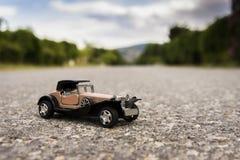vecchia automobile del giocattolo di 1900s Immagine Stock Libera da Diritti