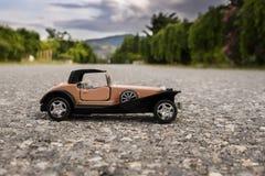 vecchia automobile del giocattolo di 1900s Fotografia Stock Libera da Diritti