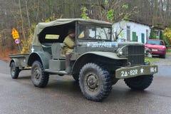 Vecchia automobile dell'esercito americano su una parata Fotografie Stock Libere da Diritti