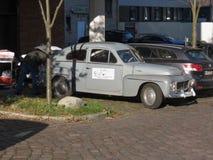 Vecchia automobile grigia a Amburgo Fotografie Stock Libere da Diritti