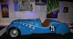 Vecchia automobile sportiva della Peugeot Fotografie Stock