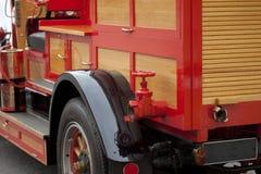 Vecchia autopompa antincendio dell'annata Fotografia Stock Libera da Diritti
