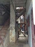 Vecchia Avana - Cuba - atrio e scale Immagine Stock