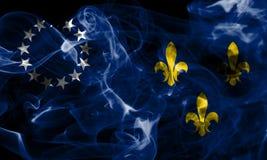 Vecchia bandiera del fumo della città di Louisville, stato del Kentucky, Stati Uniti di Fotografia Stock