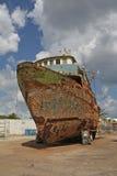 Vecchia, barca arrugginita Immagine Stock Libera da Diritti