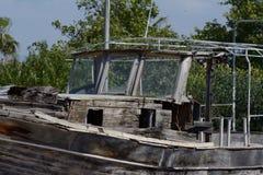 Vecchia barca di legno lasciata per rothen Fotografia Stock Libera da Diritti