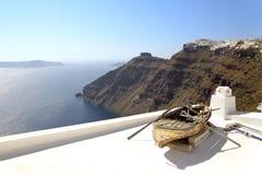 Vecchia barca in Santorini Fotografie Stock
