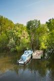 Vecchia barca sul fiume Fotografia Stock Libera da Diritti