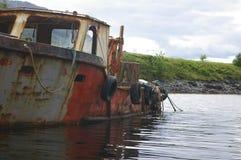 Vecchia barca tagliata Fotografia Stock