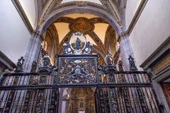 Vecchia basilica Guadalupe Mexico City Mexico della piccola cappella Fotografie Stock