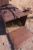 Vecchia benna del calibratore per allineamento dell'aria del minerale metallifero Fotografia Stock Libera da Diritti
