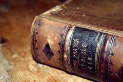 Vecchia bibbia Immagine Stock Libera da Diritti