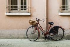 Vecchia bicicletta italiana Fotografia Stock