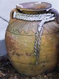 Vecchia brocca dell'argilla Fotografia Stock