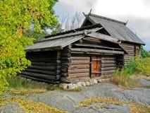 Vecchia cabina ecologica svedese Fotografie Stock