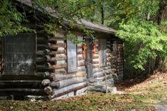 Vecchia cabina nella caduta Fotografia Stock Libera da Diritti