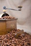 Vecchia caffè-smerigliatrice Immagine Stock