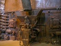 Vecchia caldaia della distilleria fotografie stock
