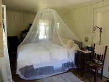 Vecchia camera da letto della fattoria Fotografia Stock Libera da Diritti