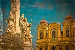 Vecchia cartolina con la statua della trinità santa e della cupola tedesca Timisoara Fotografia Stock Libera da Diritti