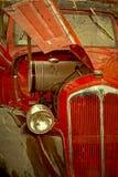 Vecchia cartolina con un'vecchia automobile 1 Fotografia Stock