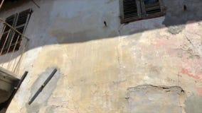 Vecchia casa abbandonata video d archivio