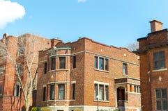 Vecchia casa costosa con le finestre enormi a Montreal del centro Immagine Stock Libera da Diritti