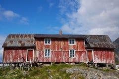 Vecchia casa da pesca deteriorata Immagine Stock