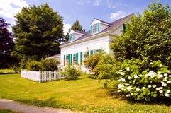 Vecchia casa dell'azienda agricola della Nuova Inghilterra Immagini Stock Libere da Diritti