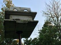 Vecchia casa dell'uccello Fotografie Stock Libere da Diritti