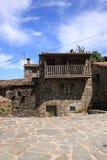 Vecchia casa della montagna Immagini Stock