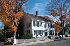 Vecchia casa della Nuova Inghilterra Immagine Stock Libera da Diritti