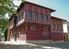 Vecchia casa della scaletta. Casa tradizionale. Fotografie Stock