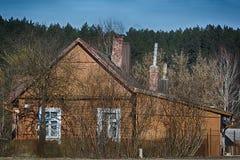 Vecchia casa di campagna di legno Immagine Stock Libera da Diritti