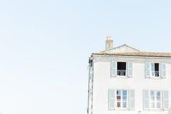 Vecchia casa di città della spiaggia Immagine Stock