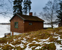 Vecchia casa di legno in Svezia Fotografie Stock Libere da Diritti