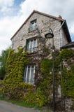 Vecchia casa di pietra Fotografia Stock