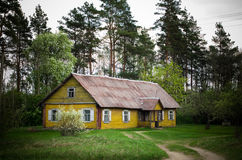 Vecchia casa di Wodden fotografia stock libera da diritti